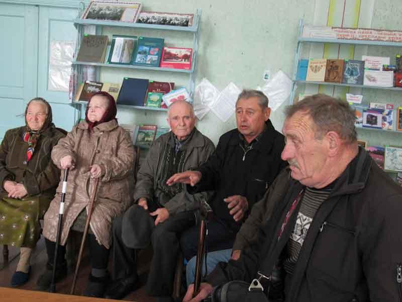 «Нагрянули реформи — і селом наче смерч пройшов!» – жителі сіл Верхівка і Примощаниця