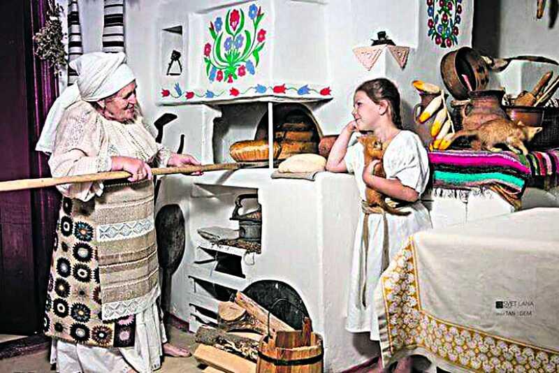 Вчила пекти хліб всю Україну пенсіонерка з Вінниччини