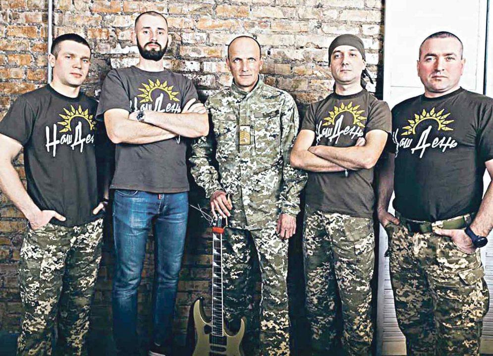 Співають солдати заради здоров'я дитини