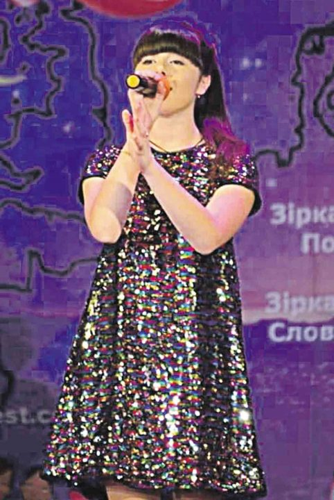 У міжнародному конкурсі перемогла вокалістка з Хмільника