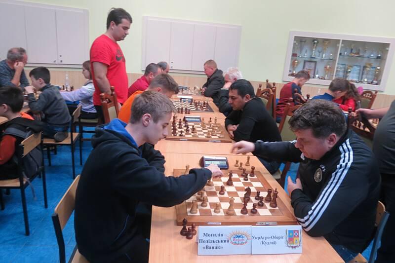 На фініші шахового чемпіонату лідери із Вінниці і Могилева-Подільського «рокірувалися» між собою