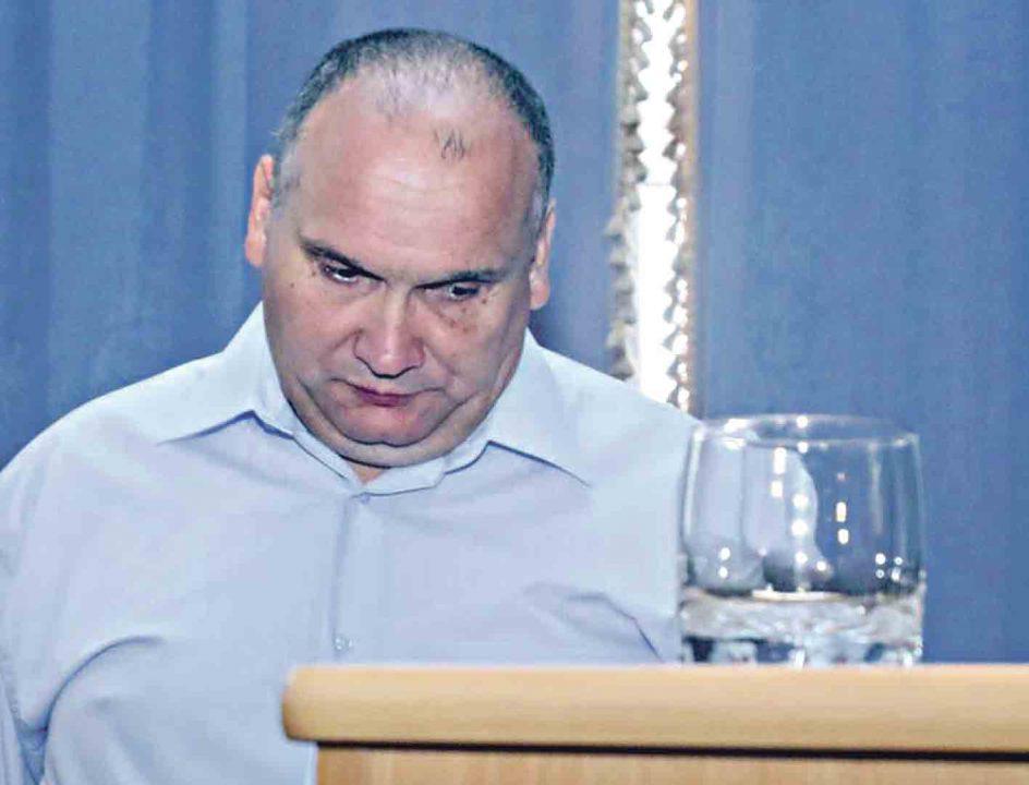 Скандал із «Водоканалом»: депутати кажуть про дерибан, шукають слід Порошенка у відключках і приписують йому 35% у обленерго російського олігарха Григоришина