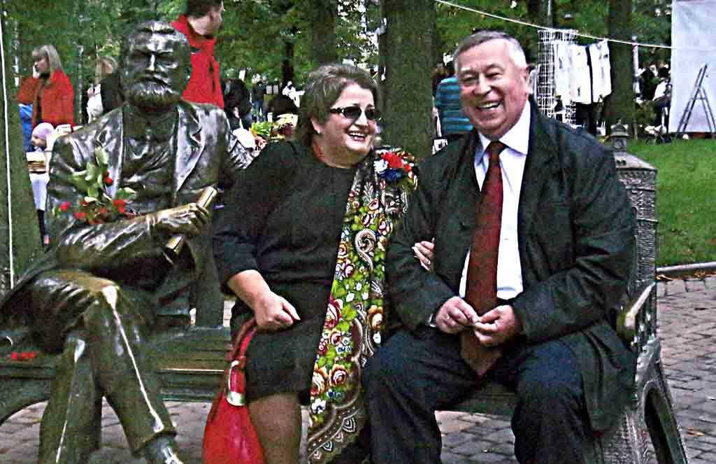 Бандитів – у депутати ми не пускали. Анатолій Ворона вперше після передчасної смерті дружини дав відверте інтерв'ю «33-му»