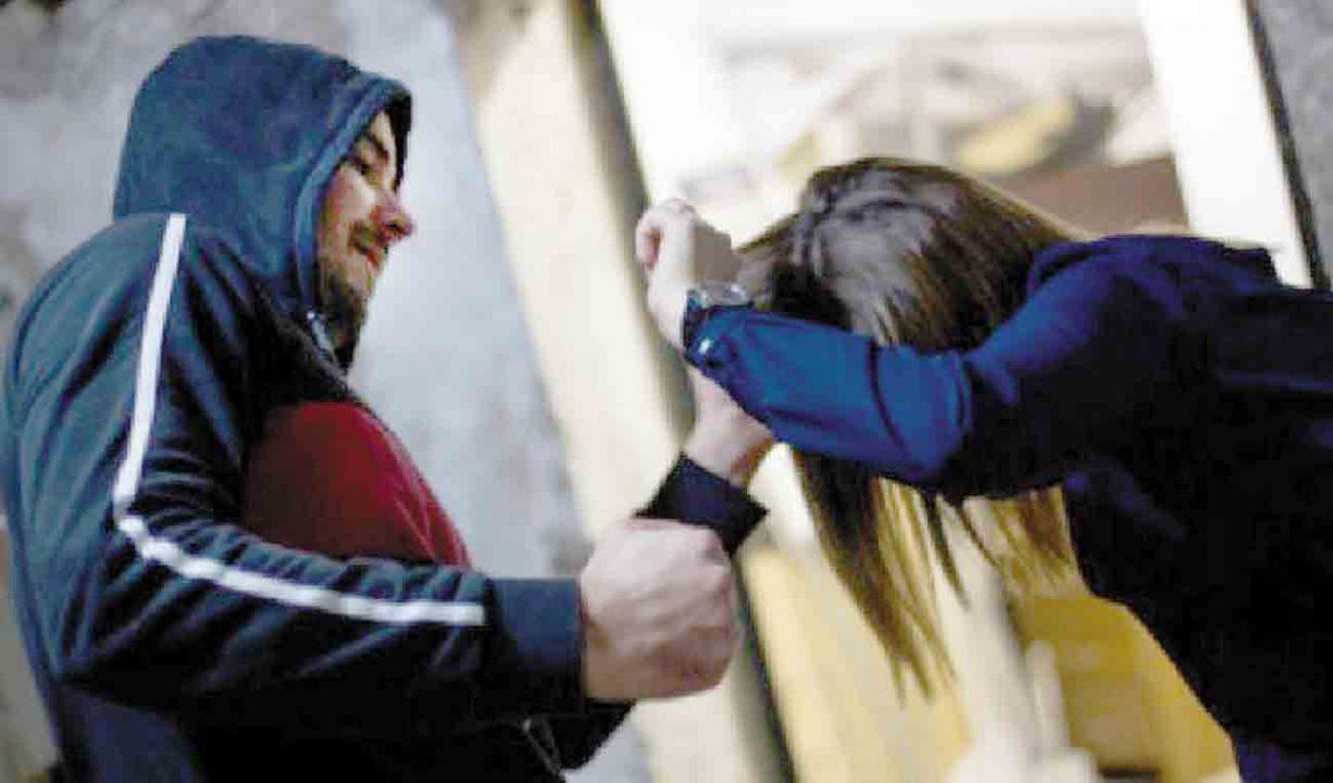 Машиніст у Крижополі врятував згвалтовану жінку. Люди остерігаються маніяка