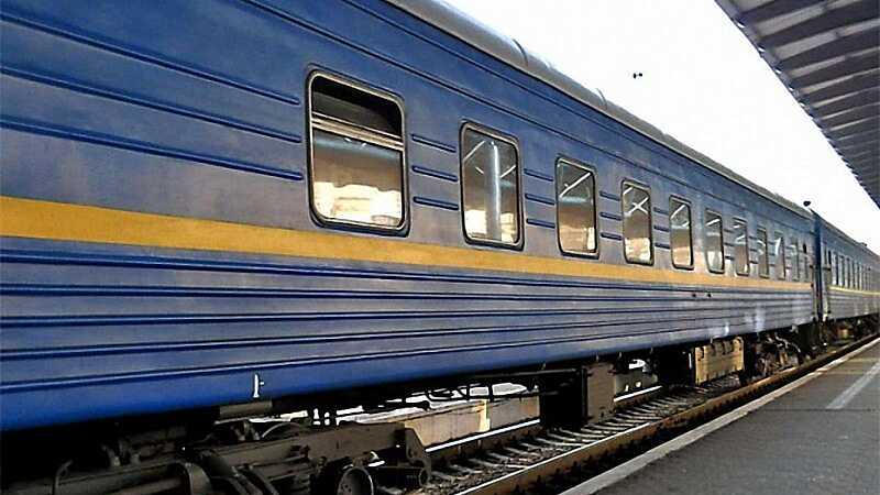 Які додаткові поїзди на новорічні та різдвяні свята отримали жителі Вінниччини?