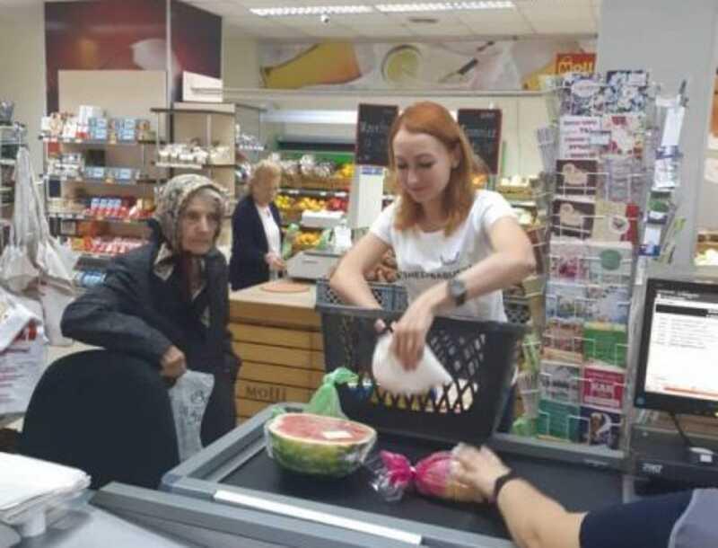 Благодійний флешмоб «Допоможи бабусі» стартує у Вінниці!