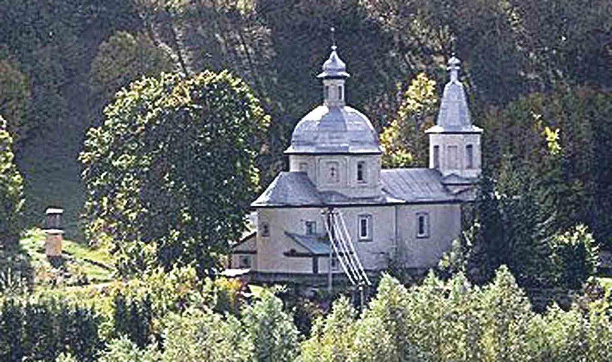 Скільки ще часу буде зачинений храм у Вербовці? (лист)