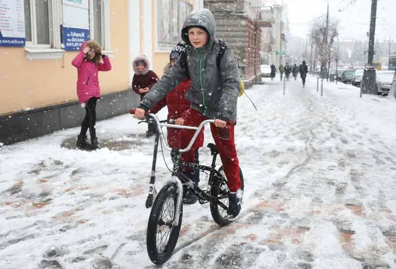 У Вінниці снігопад (фоторепортаж)