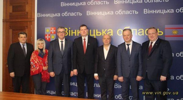 Консульство Латвії відкривають у Вінниці