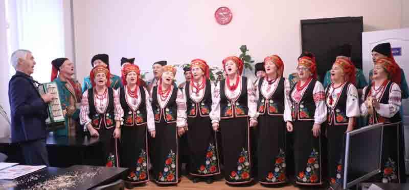 """Вісім хорів Леоніда Луцишина здобули звання """"Народний"""". Це рекорд! (відео)"""