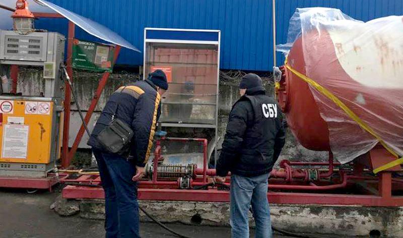 Казино під табличкою «зачинено» і три підпільні АЗС виявили на Вінниччині