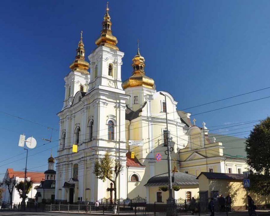 Священик Московського патріархату просить суд визнати перехід Спасо-Преображенського собору до ПЦУ недійсним