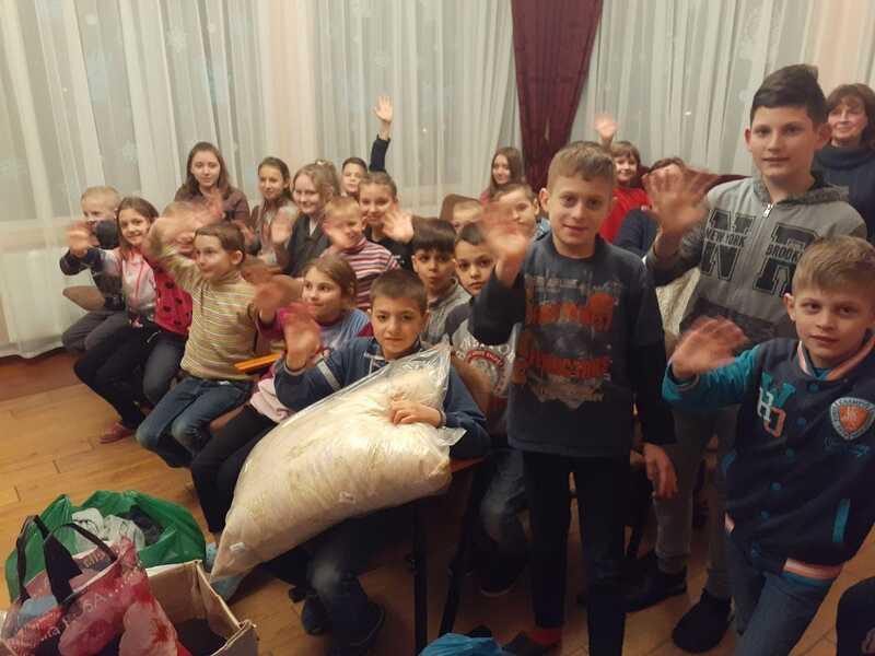 ПЦУ перед постом опікує обездолених дітей у Вінниці