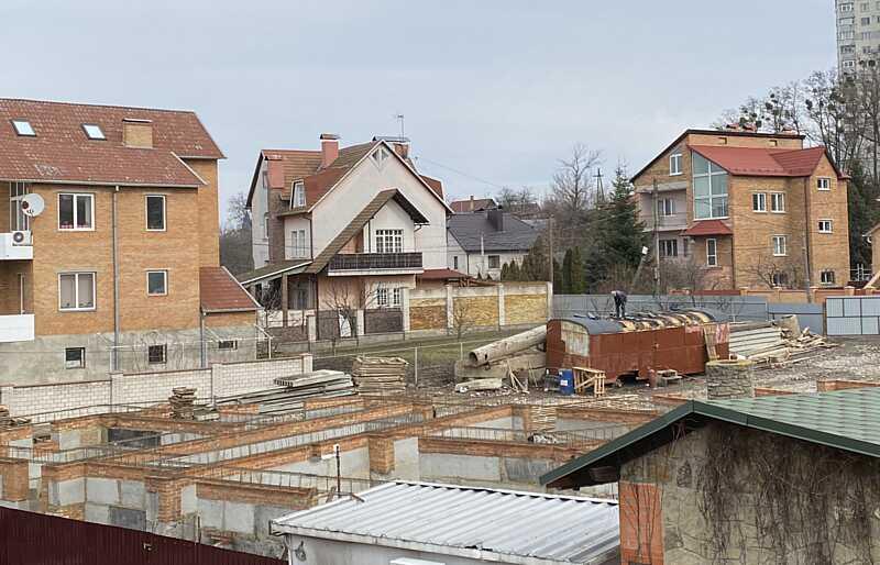 """Хто у Вінниці кришує незаконні будівництва? Лайфхак від вінницького забудовника """"АРТ ХАУС"""": як на землі під індивідуальне житло побудувати багатоповерхівку"""