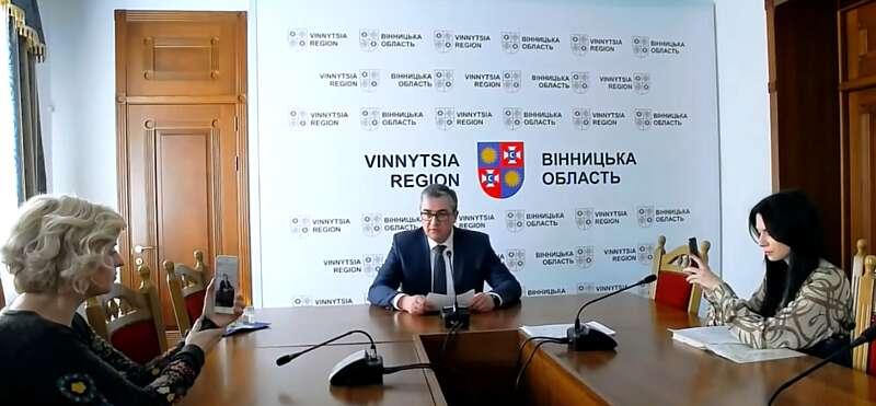 На брифінгу голова ОДА Скальський повідомив, що за добу кількість уражених вірусом в Україні зросло на 11 чоловік (відео)