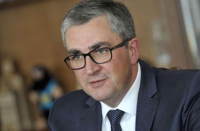Із провідними медиками області зустрівся «губернатор» Вінниччини. Мова йшла про надзвичайні заходи (відео)