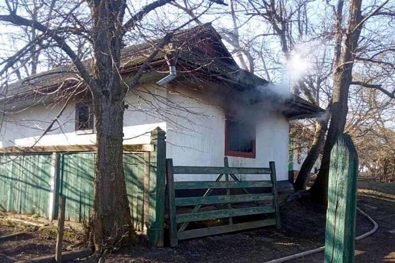 83-річна жінка згоріла у власному будинку