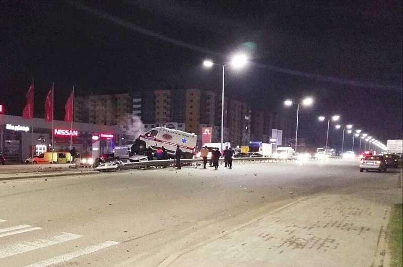 Треш-аварія із швидкою, що везла пацієнта із Гайсина до Вінниці! (відео) (ОНОВЛЕНО)