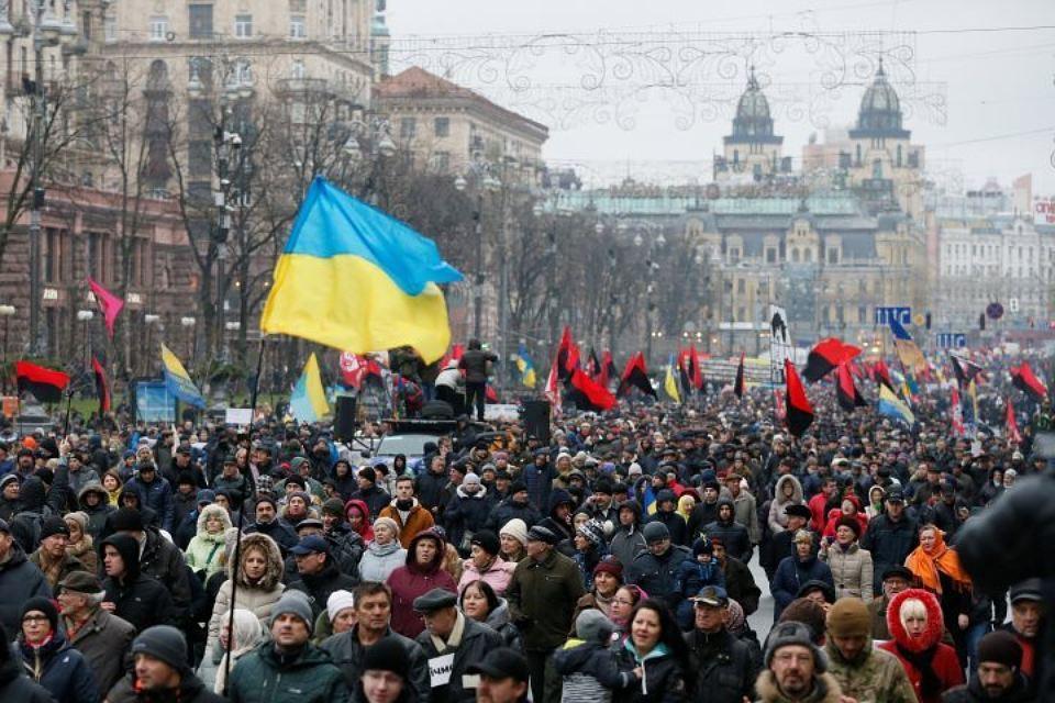 «Зелю геть» – марш патріотів вимагає відставки Президента за поступки Путіну (відео)