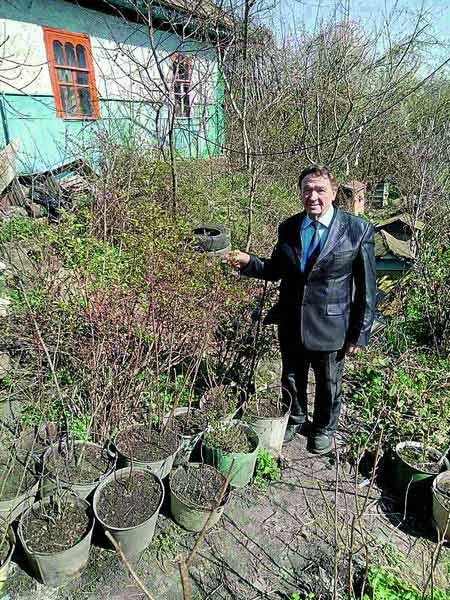Сад екзотичних рослин виростив на присадибній ділянці вінницький селекціонер