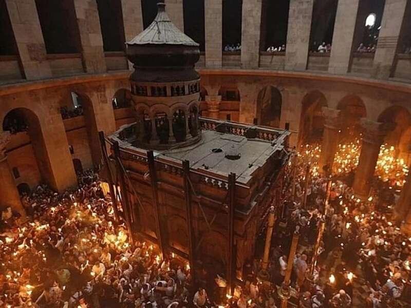 Церемонія сходження благодатного вогню відбуватиметься без прочан