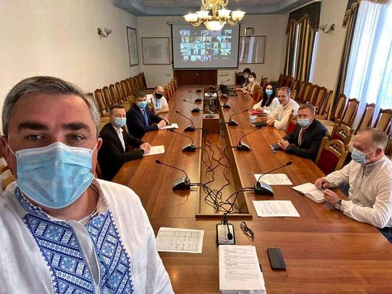 Діагноз Covid-19 у керівництва ВінОДА і Людмили Грабович спростували в облдержадміністрації