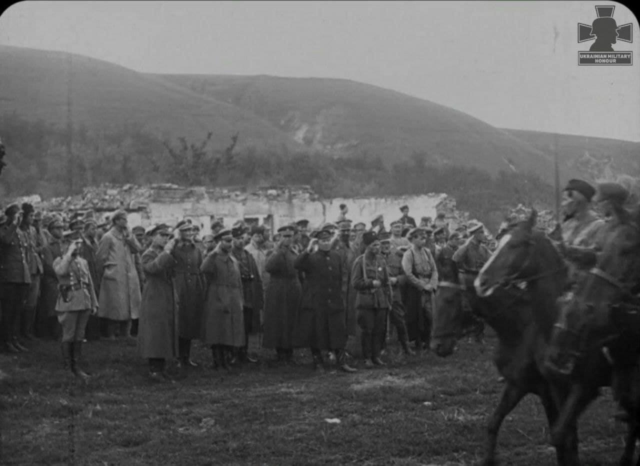 Петлюра в Ямполі на Вінниччині 10 травня 1920 року! Унікальну світлину показали до 100-річчя Зимового походу
