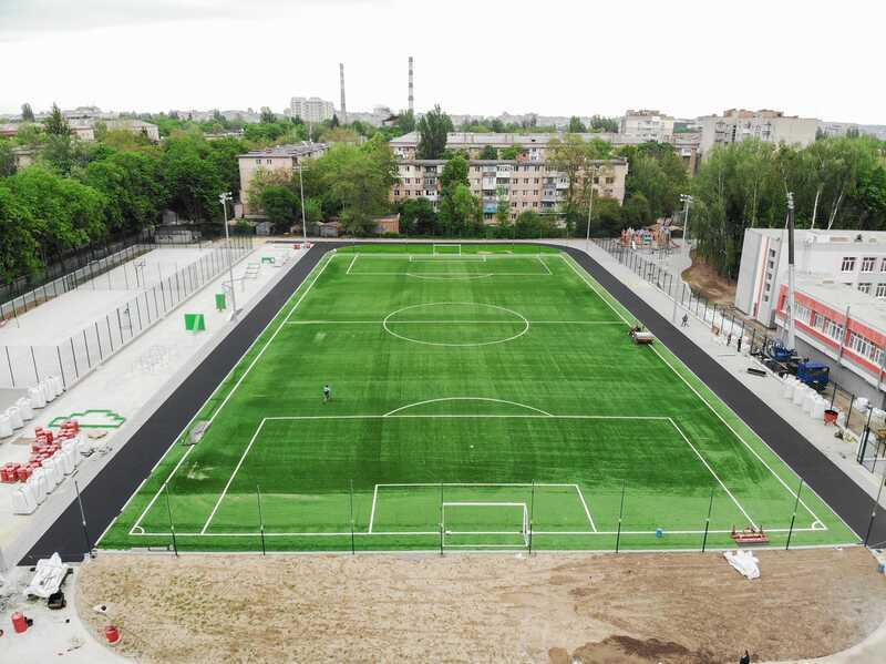 Найсучасніший шкільний стадіон в ЗОШ№33 показали у Вінниці…
