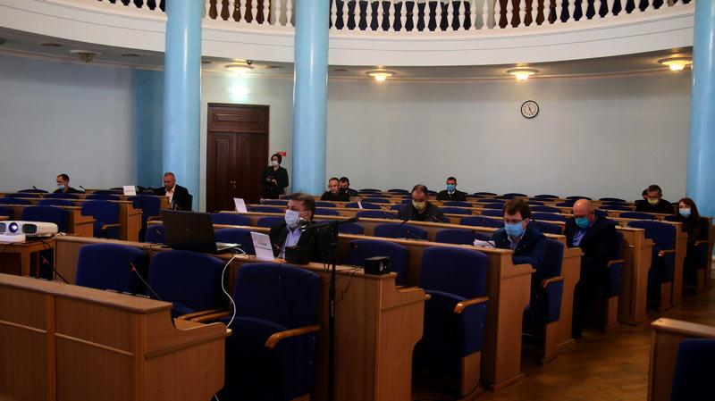Вінницькі депутати вимагають у керівника поліції не присилати «стрілочників» (відео)