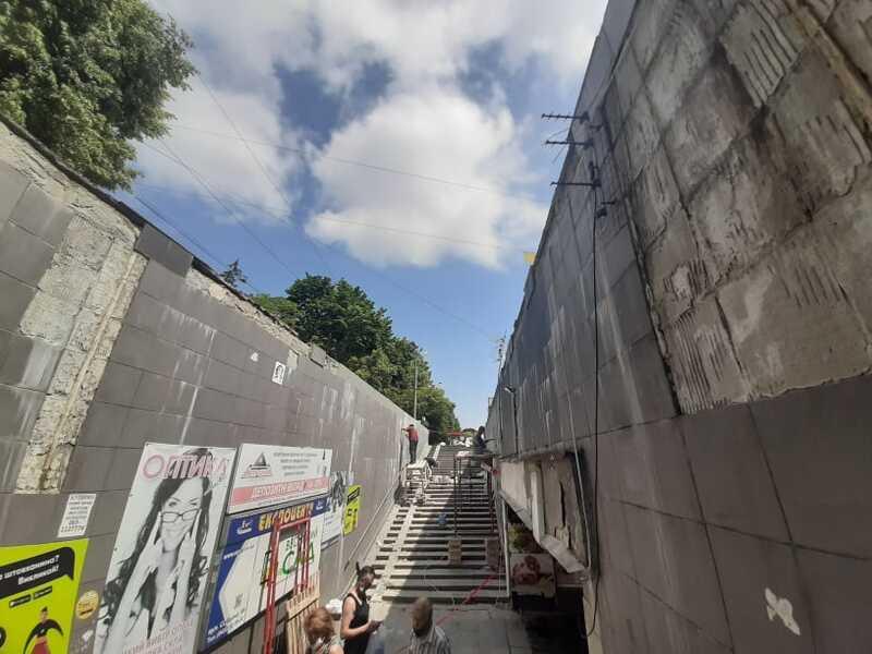 У Вінниці нарешті ремонтують підземний перехід від медуніверу до Урожаю! (відео)