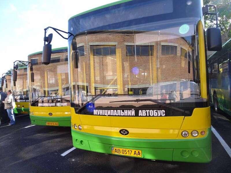 Жителі Вінниці вимагають додаткових автобусів за маршрутом «Вінницькі Хутори-Вишенька»
