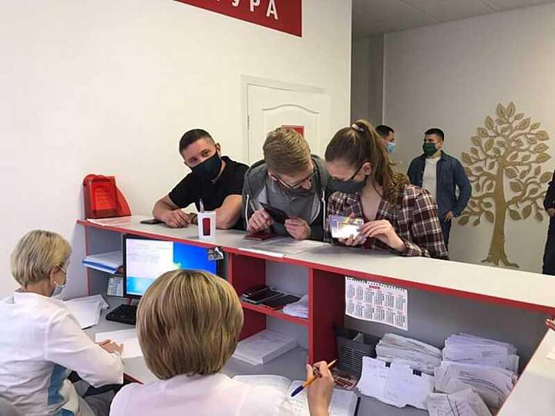 Аналіз на антитіла до Ковід-19 тепер роблять у Вінницькому центрі переливання крові