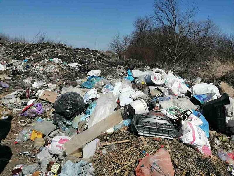 Голову села Оленівка притягнуто до адміністративної відповідальності через невідповідний догляд за навколишнім природнім середовищем (відео)