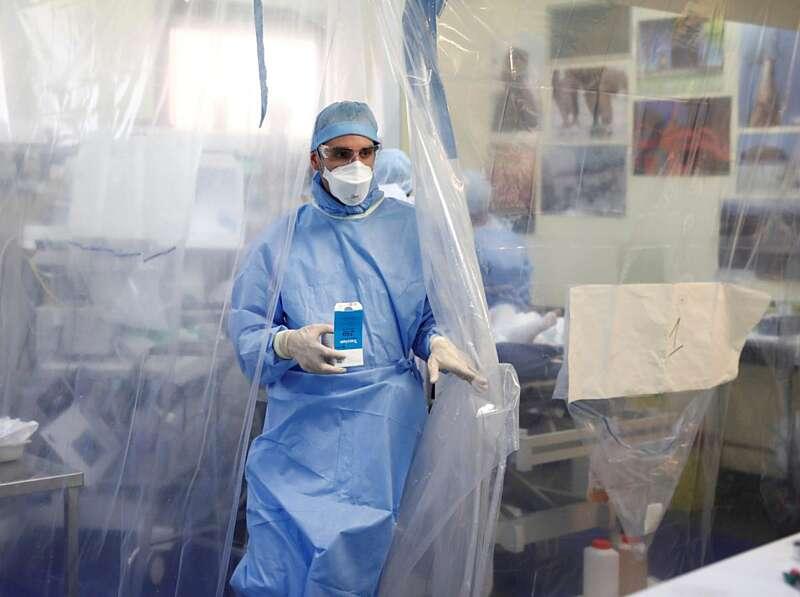 Захворіло 2081. Плюс 21 новий хворий на коронавірус та 2 смерті – всього 36