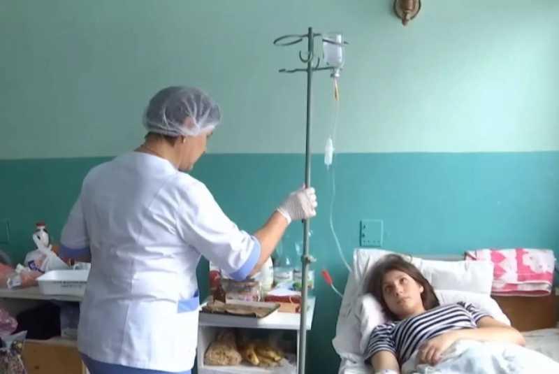 Трьом козятинським студенткам «світить» до 10 років за жорстокі знущання з ровесниці