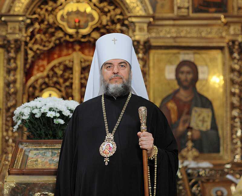 Митрополит Симеон, що одужав від коронавірусу, відслужив молебень