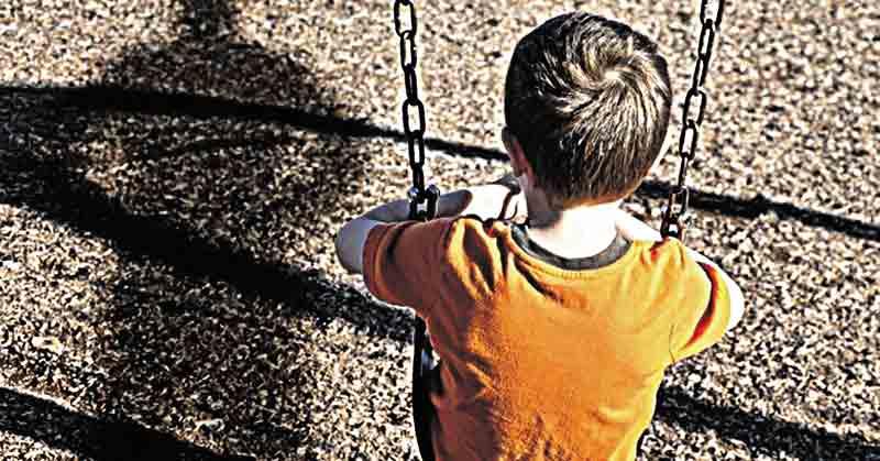 Підозрюваний у розбещенні дітей погрожував побити тих, хто садить його у тюрму