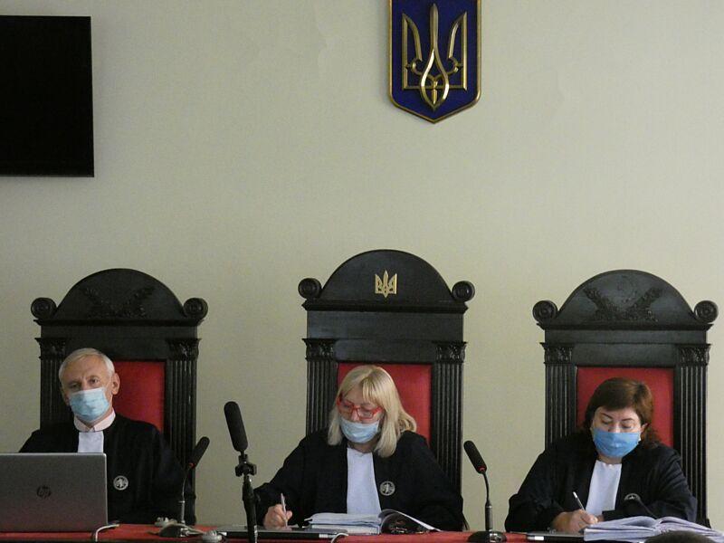 Апеляційний суд не змінив запобіжний захід імовірним підривникам банкомата