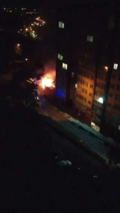 Знову палять машини біля під'їздів (відео)