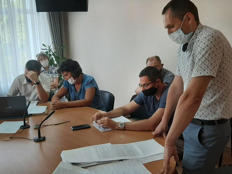 7 громад на Вінниччині судяться за ОТГ… Войнашівська громада перемогла, але суд не скасовує спільні з Баром вибори 25 жовтня