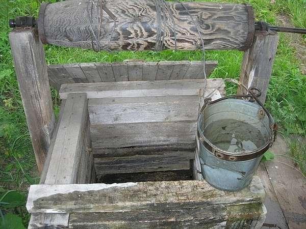 Немає води в криницях на Вінниччині: жителі звичнувачують місцевого орендаря