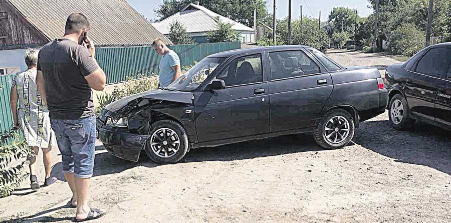 П'яний коп, який побив чужу автівку, отримав штраф 10200 гривень. Резонансною історія стала після публікації у «33-му каналі»