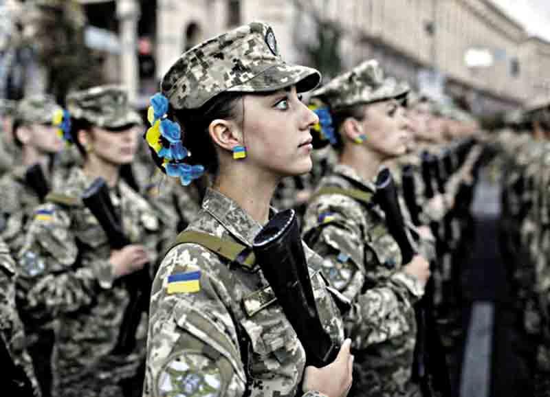 У Вінницькій військовій частині переслідують жінок?