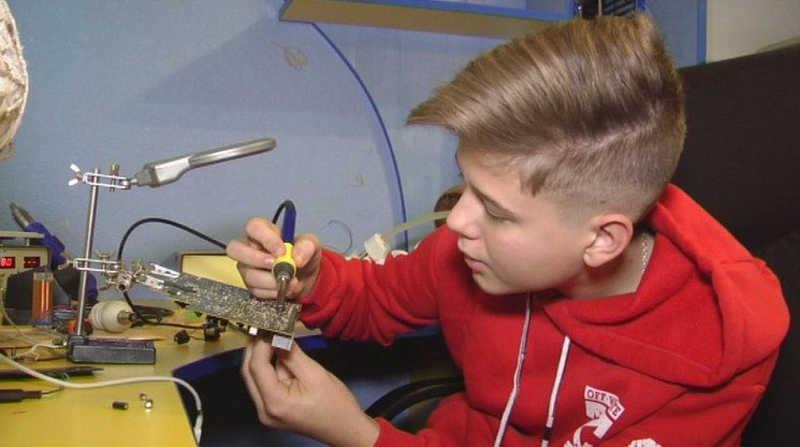 Лазерний промінь винайшов 15-річний Сашко з Вінниці