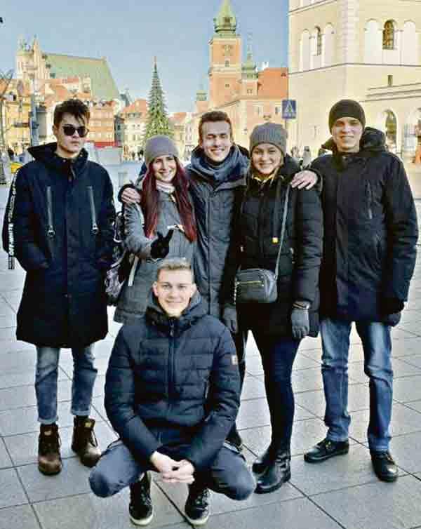 6 вінницьких студентів вирішили одночасно закінчити два вузи у Вінниці та Польщі за програмою «Подвійний диплом»
