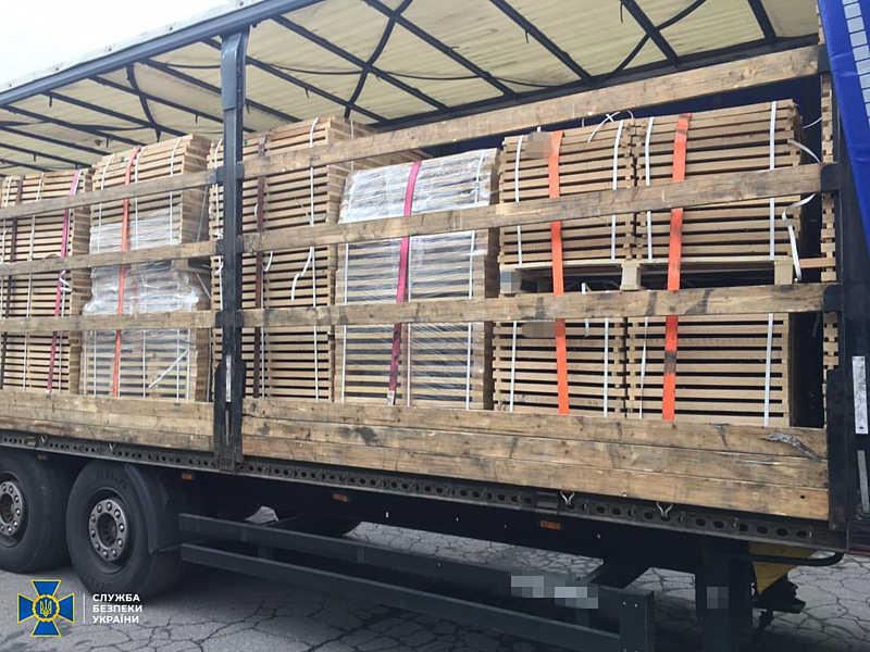 В СБУ викрили схему контрабандного вивезення деревини за кордон