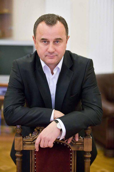 Олександр Домбровський: «У моєму житті тепер — нуль політики, але максимум чистої «зеленої» економіки»