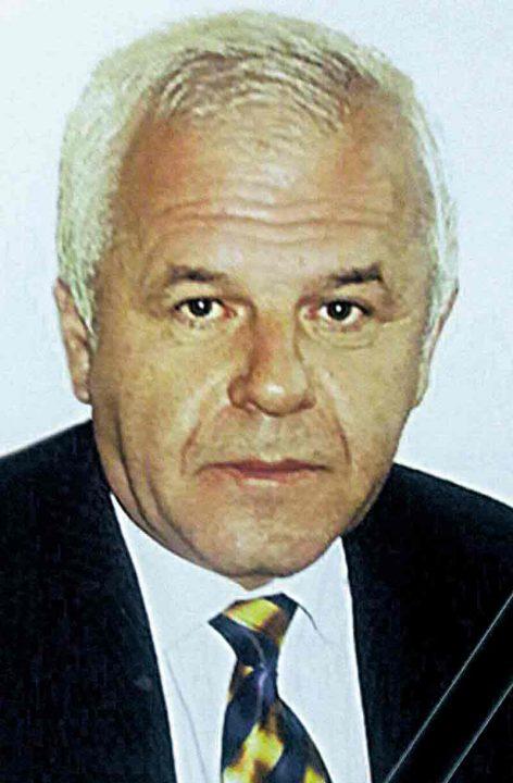 Родина санітарного лікаря з Тульчина, який помер від Ковіду, у розпачі. Через відсутність виплат вони йдуть до суду