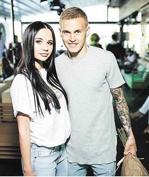 Дружина калинівського футболіста та зірки «Динамо» вперше про знайомство та відверті фото