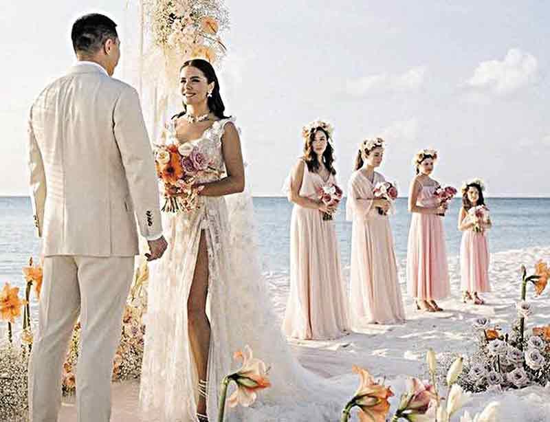 Вінницька телезірка вийшла заміж за мільярдера Алмаза з Казахстану. На весіллі співали Dan Balan і Monatik